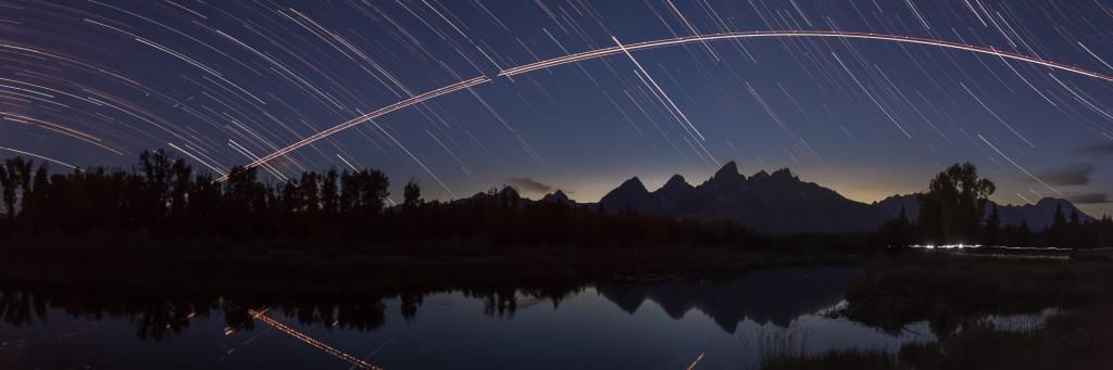 Star trails Schwabachers Landing Tetons