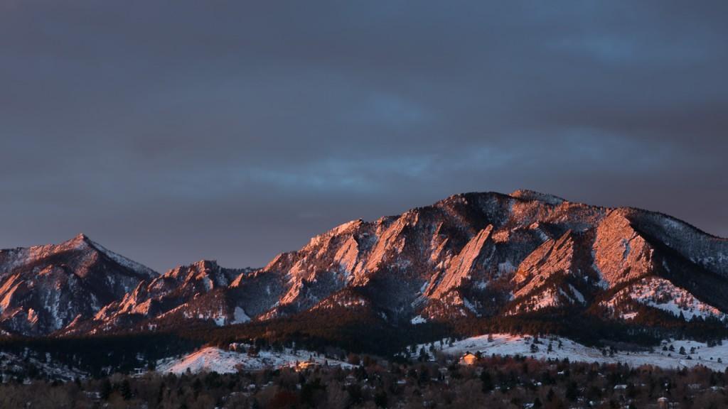 Winter sunrise, Boulder Flatirons